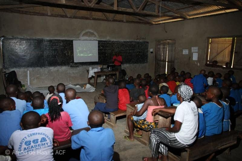 film-showing-in-conservation-education