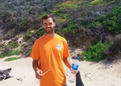 Beach Cleaning volunteer