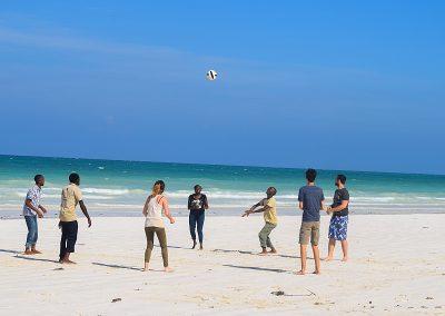 colobus-beach-sport-volunteer